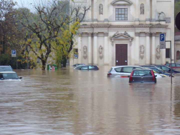 Polizza casa per gli eventi climatici, scatterà l'obbligo?
